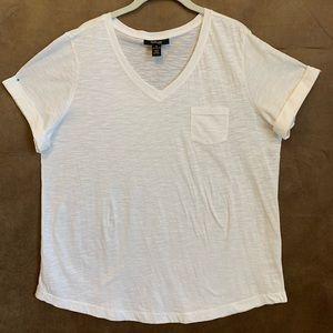 Style & Co. White V Neck Short Sleeve Tee Shirt